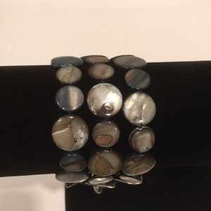 Shell Bracelet With Clasp